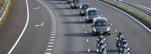 Convoy_of_MH-17_victims_on_the_highway