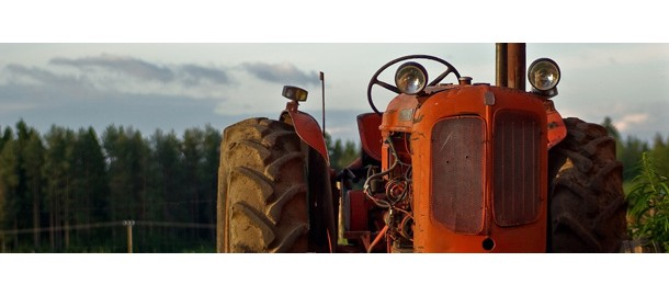 tractor_610